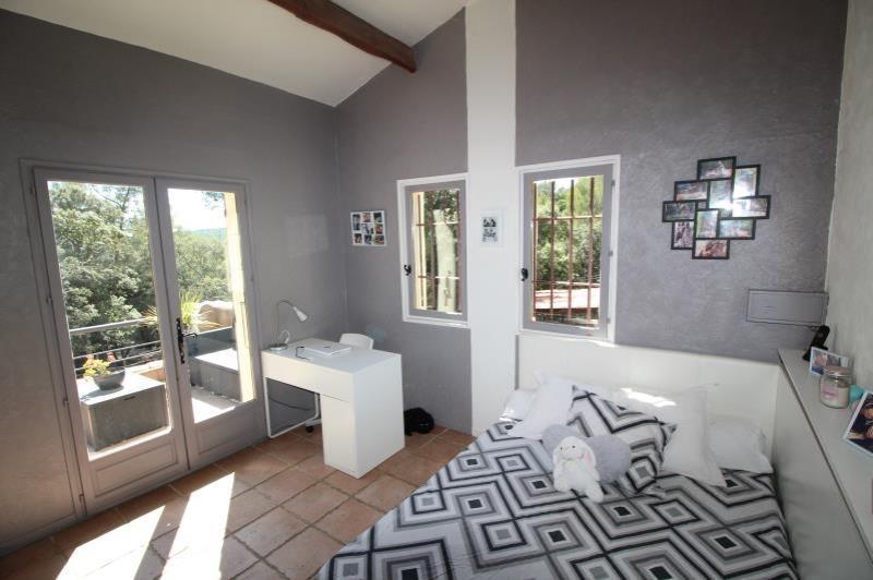 Maison-Villa - EVENOS